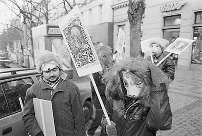Pague Pilgrimage of 20th Century Collection to Prague Castle 22. 1. 1989