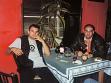 Rok 1998. Perský s bratrancem Robertem na diskotéce Safari v Praze. Zapíjejí svůj úspěch a nepolapitelnost. Bratranec byl nakonec odsouzen na devět let za falšování italských lir. Po různých úlevách si ods