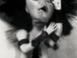 Cindy Shermanová, Untitled (Bez názvu), 1999, černobílá fotografie, foto: Neue Galerie Graz