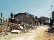 Pejské tržiště po skončení války v roce 1999, repro: Exit